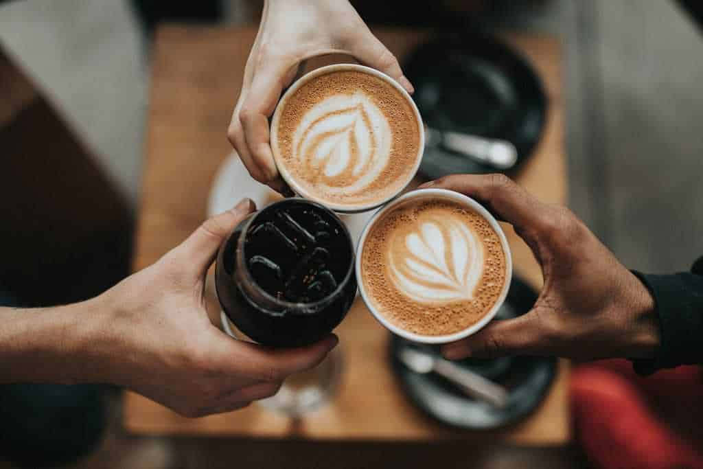 koffie met oude vrienden