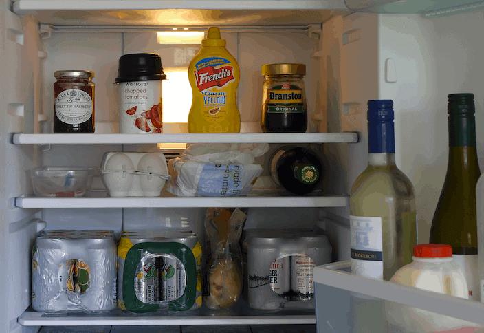 milieuvriendelijke wijze koelkast schoonmaken