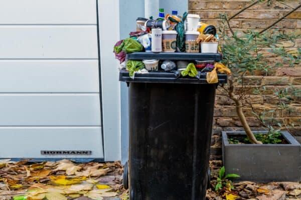 afvalcontainer geur
